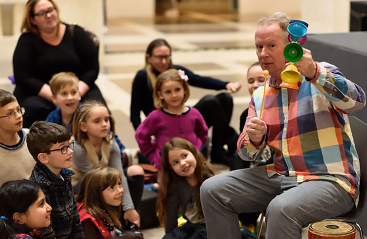 Kevin Graal storytelling at a British Library family event