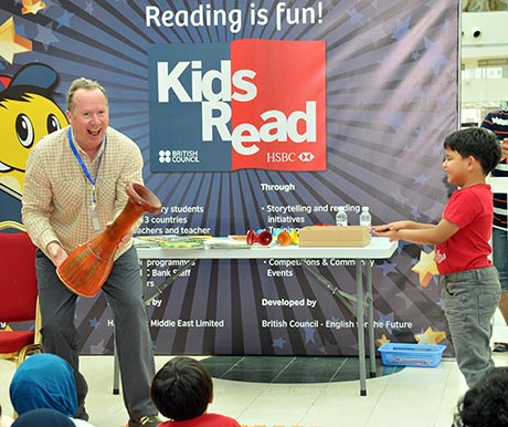 Kevin Graal storytelling with British Council Kids Read
